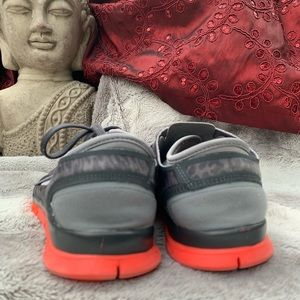 Nike Shoes - 2 Pair of Nike Sneakers Sz 9